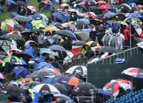Moto2, pista allagata a Silverstone: cancellata la gara